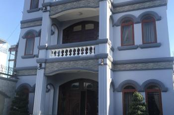 Cần bán biệt thự mặt tiền mới xây cực sang trọng xã Tân Xuân, Hóc Môn, 55 tỷ, liên hệ: 0816889949