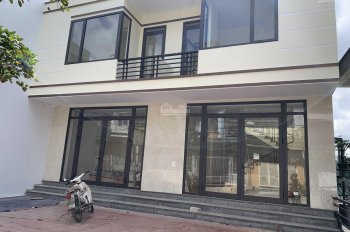 Bán nhà mới xây hoàn thiện nội thất, full trần thạch cao
