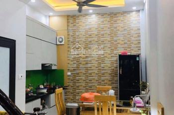 Bán nhà Kim Ngưu gần phố, nhà mới tự xây, tặng lại nội thất cao cấp, diện tích 38m2, mặt tiền 3.3m