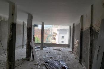 Chính chủ cho thuê nhà 97 Lò Đúc, DT 120m2 x 8 tầng, nhà đang làm hầm, sửa trần thạch cao