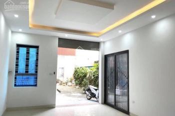 Giảm chào 200tr, bán gấp nhà Phú Thượng, 45m2 x 5 tầng x 4.5m mặt tiền, nhà đẹp ở ngay, giá 3.4 tỷ