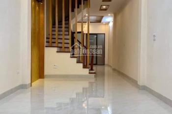Bán nhà khu phân lô, phố 8/3, Quỳnh Mai, Hai Bà Trưng, DT 42m2 x 5 tầng, giá 3.45 tỷ. 0913571773