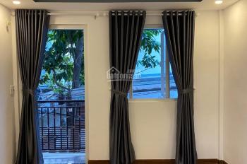 Bán nhà mặt tiền Lê Văn Sỹ - Trần Quang Diệu, P.13 Q.3, DT: 3,5 x 9 m, giá 7.5 tỷ, LH: 090 2540 735