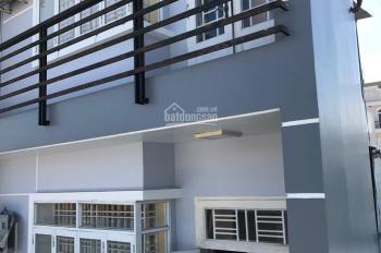 Cho thuê nhà 3 lầu hẻm xe hơi full nội thất đường 25A, Q7 giá rẻ cho ai thuê lẹ