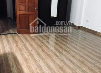 Cho thuê nhà riêng Hoàng Đạo Thành - Thanh Xuân, DT 45m2 x 5T ngõ ô tô giá 12tr
