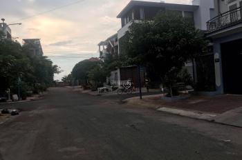 Bán đất mặt tiền Nguyễn Phi Khanh, phường 9 Tp Vũng Tàu, DT 5x20m, hướng Đông Bắc, giá 5,4 tỷ
