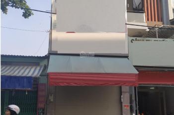 Nhà cho thuê 3 lầu đường Nguyễn Hồng Đào quận Tân Bình, khu sung túc