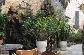 Cần bán nhà vườn mặt tiền 420m2 đường Lý Tự Trọng