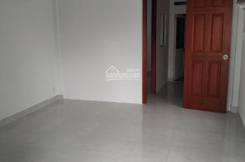 Gia đình cần bán gấp nhà Nguyễn Duy Cung, P12 GV, DT 3m7 nở đều 3.85x10m, đúc 1 lầu. Giá 2tỷ650