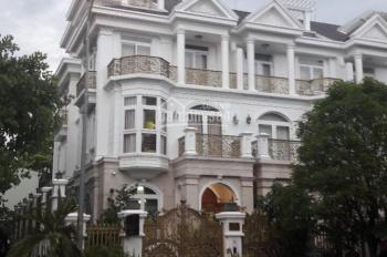 Cho thuê Villa 7A Thành Thái, Phường 14, Quận 10, DT: 4.5x20m, trệt 4 lầu thang máy, 9 phòng, 9WC