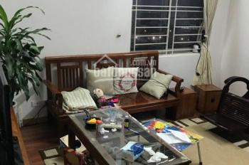 Chính chủ bán căn hộ gồm 3 phòng ngủ 81,5m2 tại Nơ 3 Pháp Vân, nội thất cơ bản, giá 1 tỷ 300 triệu