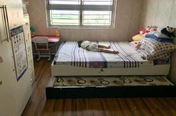 Mình đang có căn hộ 3 pn, dt 94.6m2 tại CT6 Xa La nhà đẹp, có nội thất. LH: 0342826198 Ninh