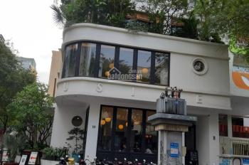 Bán gấp biệt thự góc đường Trần Kế Xương, P7, Phú Nhuận, DT 211m2, 3 tầng, giá 33 tỷ