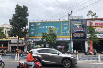 Cần bán nhà mặt tiền đường Hùng Vương, TP. Huế