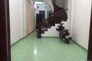 Cho thuê nhà 4 tầng ngõ 167 Tây Sơn, DT 65m2 x 4 tầng, ngõ ô tô qua lại, giá 16 tr/tháng