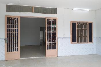 Bán nhà MT đường nhựa Số 20 Ấp 5, Vĩnh Lộc B, Bình Chánh, DT: 6x18m SHR gần chợ giá chỉ 4,5 tỷ