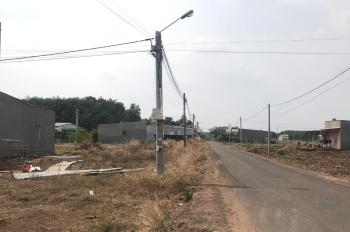 Bán gấp lô đất ngay cổng KCN Tân Bình, 6x31m, 550tr, thổ cư, sổ hồng bao sang tên, đường nhựa 8m