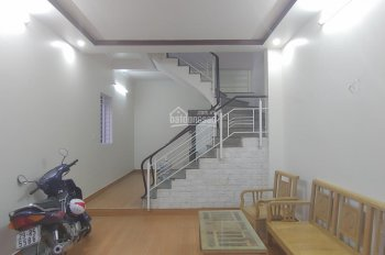 Nhà 3 tầng lô góc sân cổng tại Văn Cao, thông ra Lạch Tray, chỉ 1,75 tỷ. LH 0936 969 828
