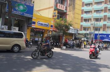 Bán gấp nhà mặt phố đường Trần Hưng Đạo, P. Cầu Kho, Q. 1, DT 4.1x18m, giá 33 tỷ
