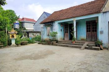 Bán nhà và đất 360 m2 xã Hòa Thạch, huyện Quốc Oai, giá 1,3 tỷ, nhà ngói 3 gian sẵn chỉ việc ở