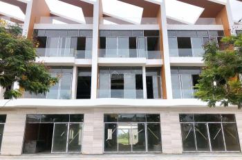 Chính chủ bán lỗ nhà phố 3 tầng 2 MT ven sông Hàn, giá rẻ hơn thị trường 2 tỷ. LH: 0931943923
