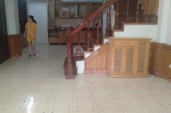 Cho thuê nhà riêng KĐT Định Công, gần đường Vành Đai 2,5 DT 100m2 x 4 tầng, 26tr/th, LH 0963376379
