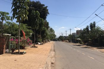 Chính chủ cần bán lô đất ngay Chợ Vĩnh Tân, 5x35, 450tr, sổ hồng riêng, thổ cư đầy đủ, đường 6m
