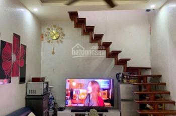 Bán nhà nho nhỏ tại Trần Phú, đối diện vườn hoa Nhà Kèn, giá: 999tr