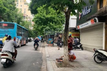 Nhà mặt phố Bà Triệu, hộ khẩu Hoàn Kiếm, khu phố vip - kinh doanh gì cũng có tiền