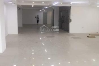 Cho thuê MBKD 180m2 ngay tại mặt đường Bạch Mai, mặt tiền 12m làm showroom, thời trang, nha khoa