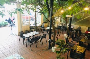Cho thuê mặt bằng kinh doanh cafe, 140m2, mặt tiền 17m, ở phố Vạn Phúc, Liễu Giai, 0976417177