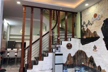 Siêu, siêu vip! Đình Thôn, Nam Từ Liêm DT 40m2, 5 tầng, mặt tiền 4.3m giá chỉ 6.5 tỷ