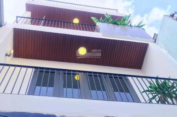 Bán nhà hẻm 34m2 xây 2 lầu, 4 phòng ngủ và sân thượng đường Dương Bá Trạc, P1, Q8