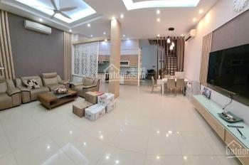 Bán nhà mặt phố Trần Đại Nghĩa, Hai Bà Trưng 63m2, 4 tầng, mt 4m, giá 21.2 tỷ. LH: 0987.589.322