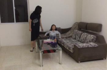 Chính chủ cho thuê căn 2PN 2VS chung cư 52 Lĩnh Nam DT 92m2 có đồ, giá 7 triệu/tháng. LH 0902227009