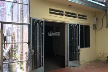 Cần bán gấp nhà nguyên căn cấp 4 gần ĐH Sư Phạm Kỹ Thuật, LH 0902522480