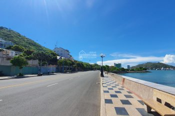 Bán nhà cấp 4 99m2 mặt tiền Nguyễn Trãi, P1, cách biển 1 phút đi bộ giá 16.7 tỷ