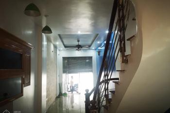 Cho thuê nhà ngõ Thanh Nhàn, 36 m2, 5 tầng, Hai Bà Trưng, liên hệ 0962038311