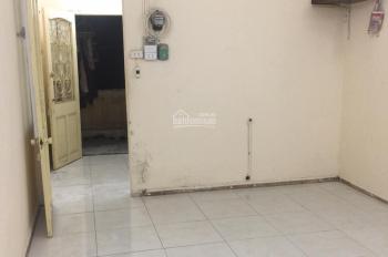 Cho thuê căn hộ 415 B2 TT Kim Liên 3.5 trđ/tháng