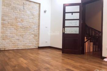 Cho thuê nhà ở đường Trần Kim Xuyến, 85m2 * 5 tầng. Giá 60 triệu/tháng