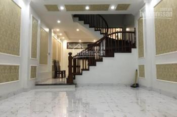 Cho thuê nhà mặt tiền Cô Bắc Q1, DT 5x16m, 3 lầu, giá 50 triệu
