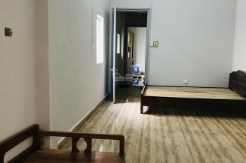 Cho thuê nhà ngõ 252 Tây Sơn 70m2 x 3T giá 11tr/th, đồ cơ bản