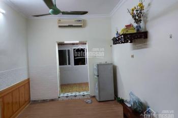 Cho thuê nhà 2 tầng x 35m2 phố Hàm Long, Trần Quốc Toản, giá 5,2tr/tháng