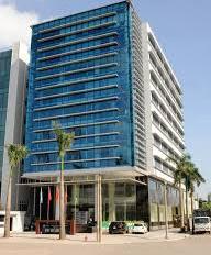 Bán tòa nhà văn phòng phố Duy Tân, 677m2, xây 9 tầng, 1 hầm, sổ lâu dài