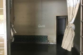 Cho thuê nhà mặt tiền kinh doanh kết hợp phòng trọ, gần chợ Long Bình Tân, LH: 0917848879