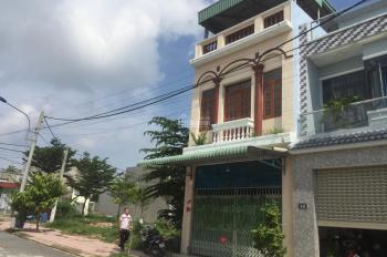 Cần bán nhà 1 trệt + 1 lầu + 1 lửng KDC Đại Quang