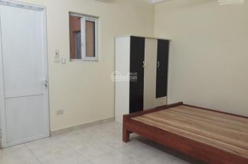 Chính chủ cho thuê căn hộ mini 26m2 ở ngõ 204 Trần Duy Hưng - không chung chủ
