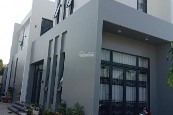 Bán nhà lầu diện tích rộng, thiết kế hiện đại, đường xe hơi, Lê Thị Hồng Gấm - P.6 - TP Mỹ Tho