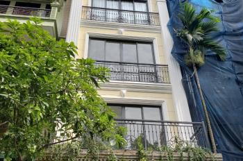 Cho thuê nhà Trung Kính, Trung Hòa, Cầu Giấy, 70m2, 4T đẹp thông sàn giá 28tr/th, LH: 0853256888