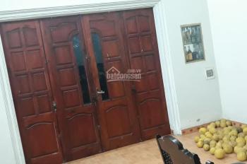 Cần bán nhanh, bán gấp cả đất và nhà DT 205m2, tại Cổ Đông, giá chỉ 800 triệu. LH 0988908583